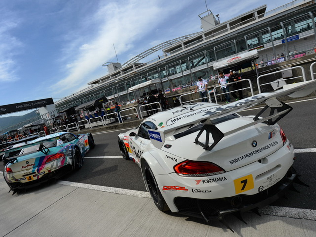 Super GT, Team Studie 2014